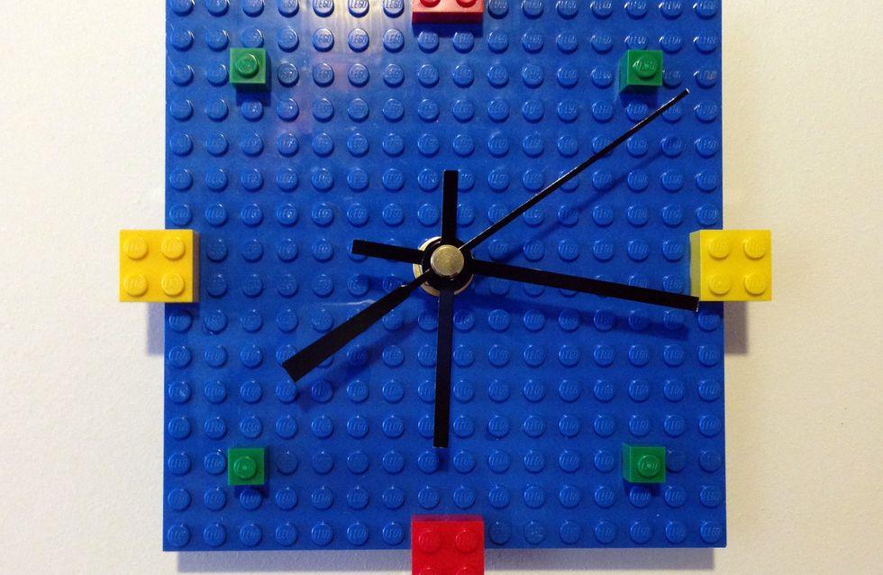 Tuto : réalisez une chouette horloge murale en briques LEGO® !