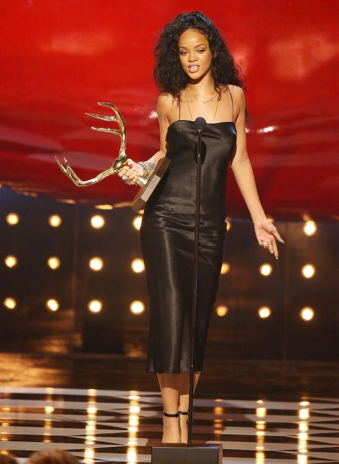Rihanna aux Guys Choice Awards