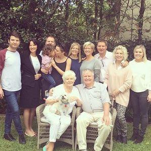 Miranda Kerr en famille pour la Fête des mères