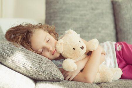 Obésité infantile : Et si le sommeil était la solution ?