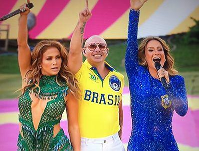 Jennifer Lopez, Pitbull et Claudia Leitte
