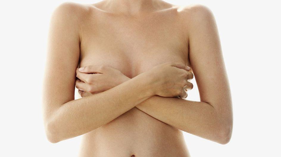 Cancer : Un tatoueur aide les femmes à retrouver leur féminité après une mastectomie