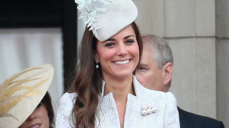 Kate Middleton : Une vraie perle pour l'anniversaire de la reine (Photos)