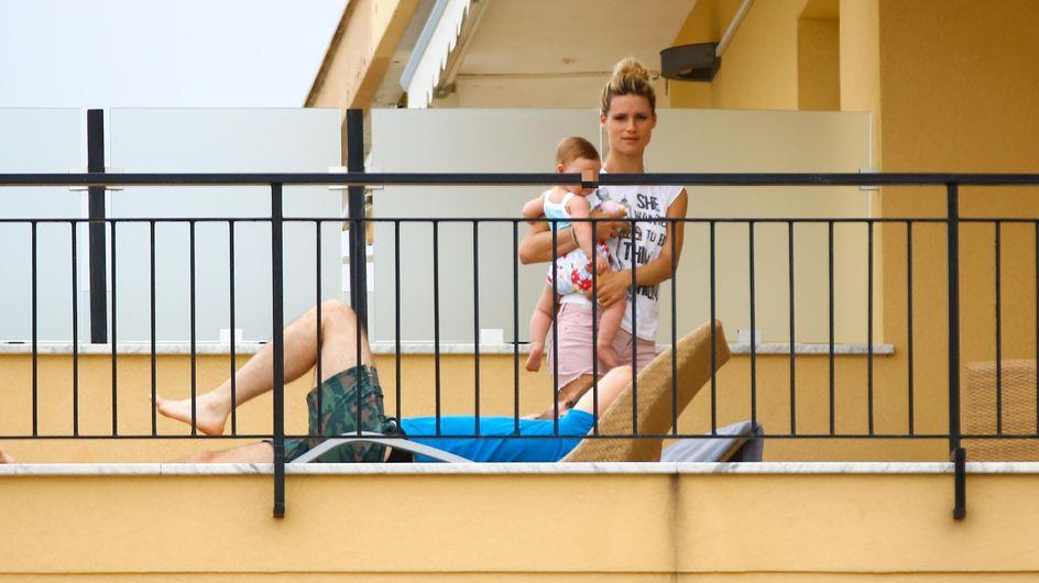 Michelle in vacanza con Tomaso e la piccola Sole. Le immagini della coppia innamorata e felice!