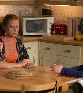 Eastenders 03/07 – Carol and Bianca's money troubles cause tension
