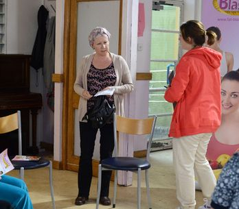 Eastenders 04/07 – Tina is keen to take Carol to meet Aunt Babe