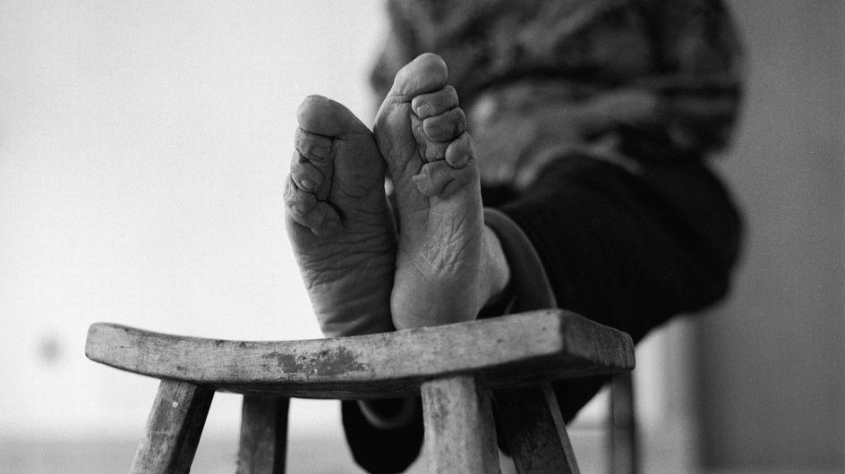 Une photographe met en images les derniers « pieds bandés » des Chinoises (Photos et vidéo)