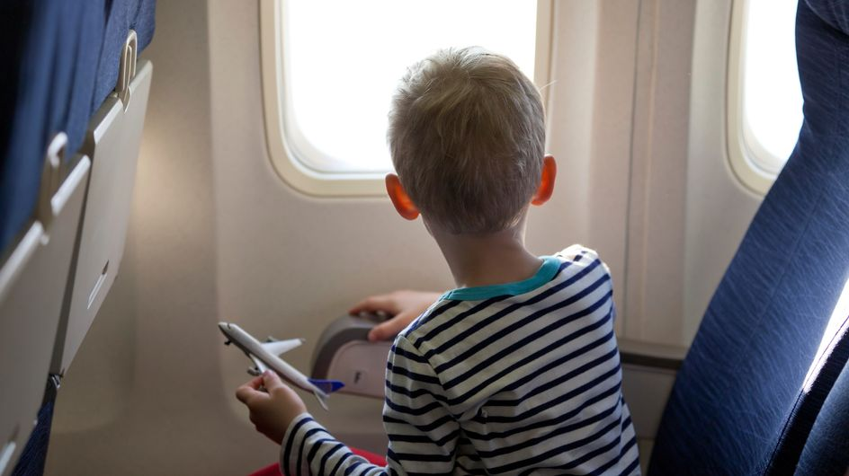 Viaggiare in aereo con i bambini? Niente paura! Ecco le dritte per avere tutto sotto controllo