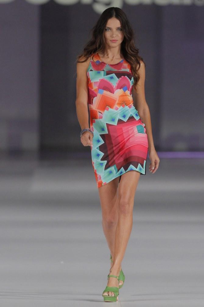 Adriana Lima / Desigual, Frühjahr/Sommer 2014