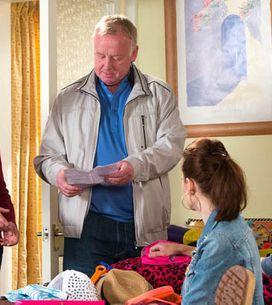 Coronation Street 10/07 – Gail apologises to Michael