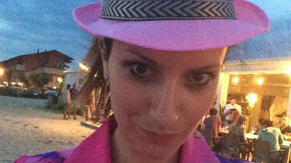 Lite in spiaggia per Laura Pausini: botta e risposta sui giornali