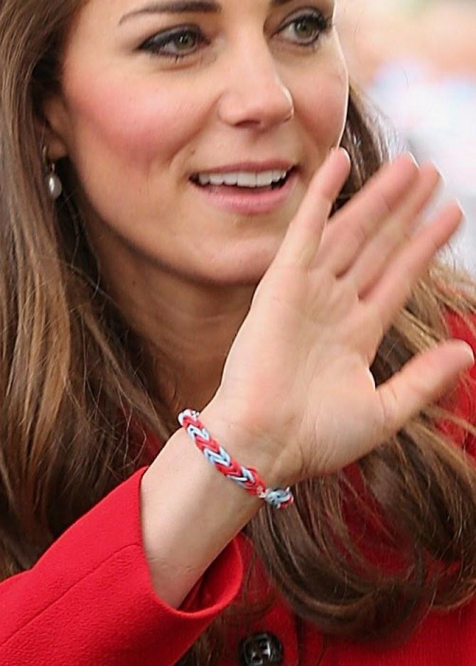 Kate Middleton et son rainbow loom