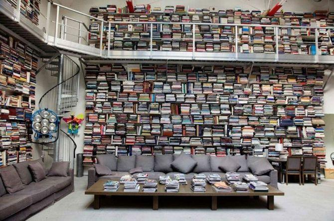 La libreria di Karl Lagerfeld