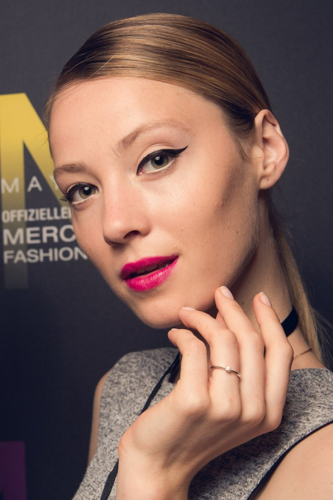 Das Make-up der Show von Riani