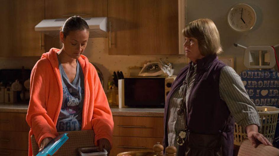 Eastenders 24/07 – Linda worries about Sharon