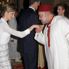 De oficinista a Reina, los looks de Letizia durante su viaje a Marruecos