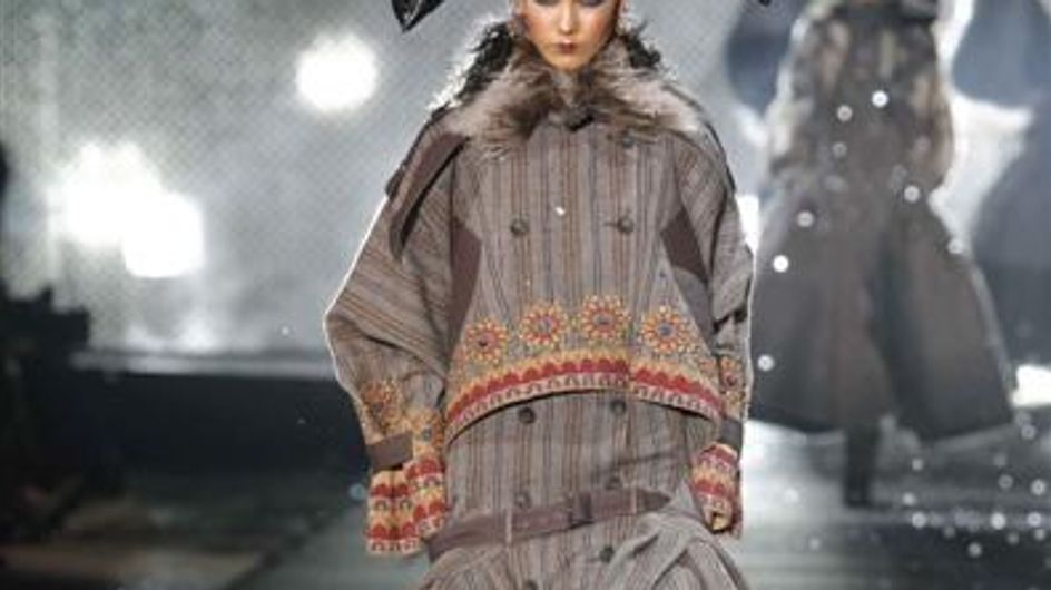 Paris Fashion Week A/W 10 : John Galliano catwalk report