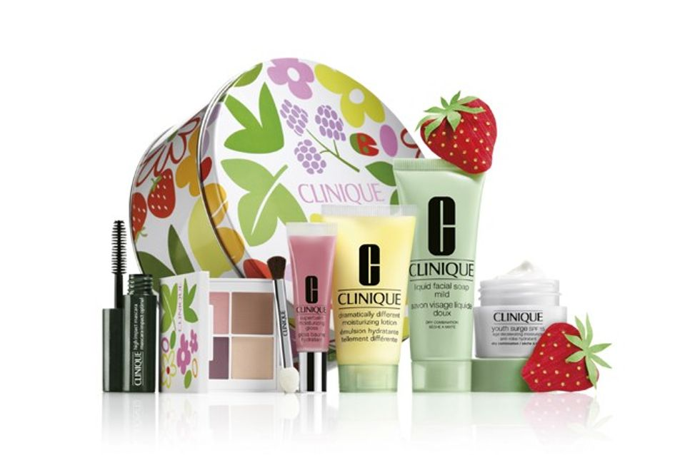 Clinique bonus time: Gift with purchase