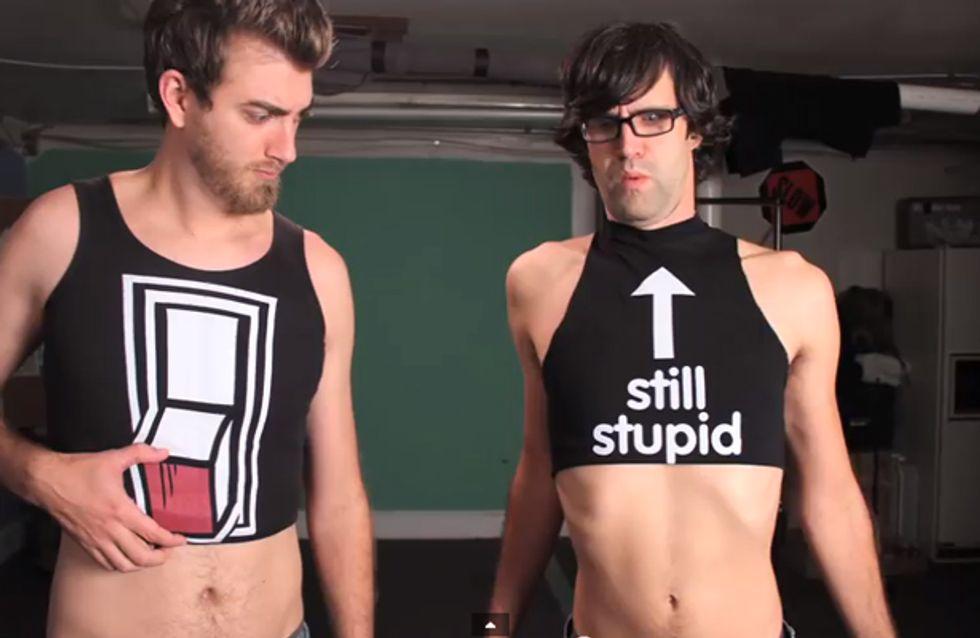 Video/ La guerra delle magliette: hai mai visto delle T-shirt lanciarsi le uova?