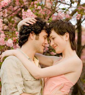 Amour : toutes ces premières fois à deux qui nous collent des papillons plein le