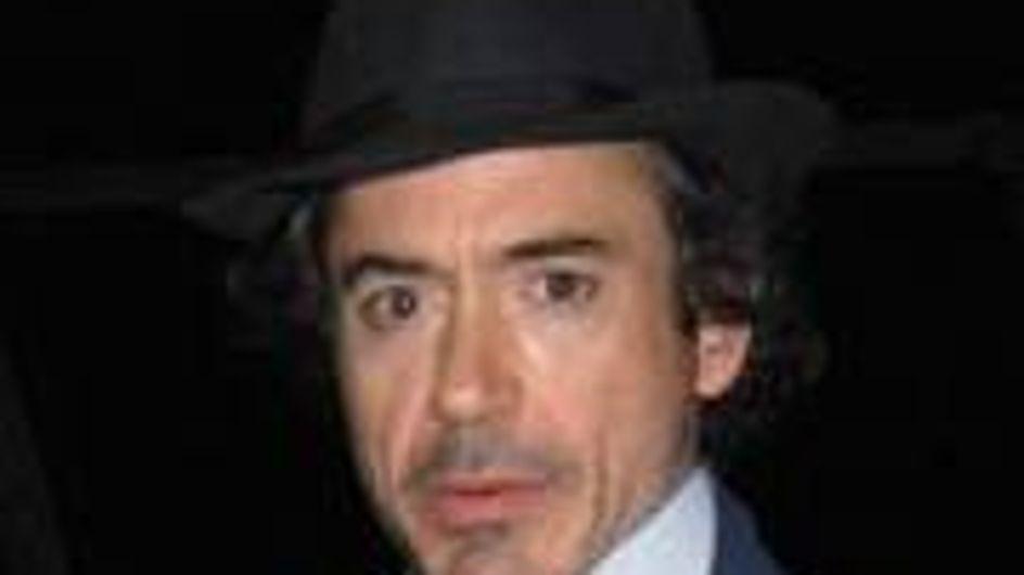 Robert Downey Jr won't quit smoking
