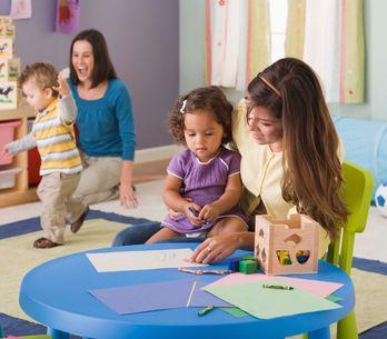 Astuces de pros et témoignages de parents pour l'adaptation de bébé à la crèche