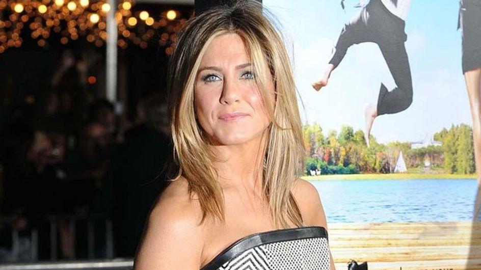 Jennifer Aniston uses body double in lingerie film scenes