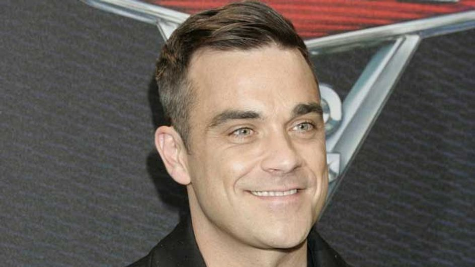 Robbie Williams tweets adorable picture of baby Teddy