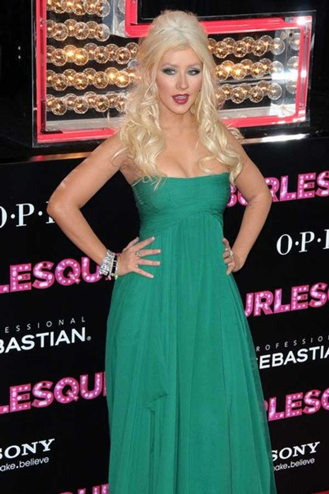 "Christina Aguilera: ""I'm a fat girl. Get over it!"""