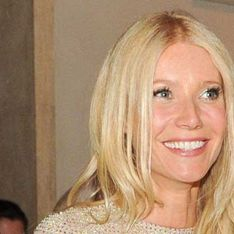 Gwyneth Paltrow's fried egg boobs not busty enough for Hollywood?
