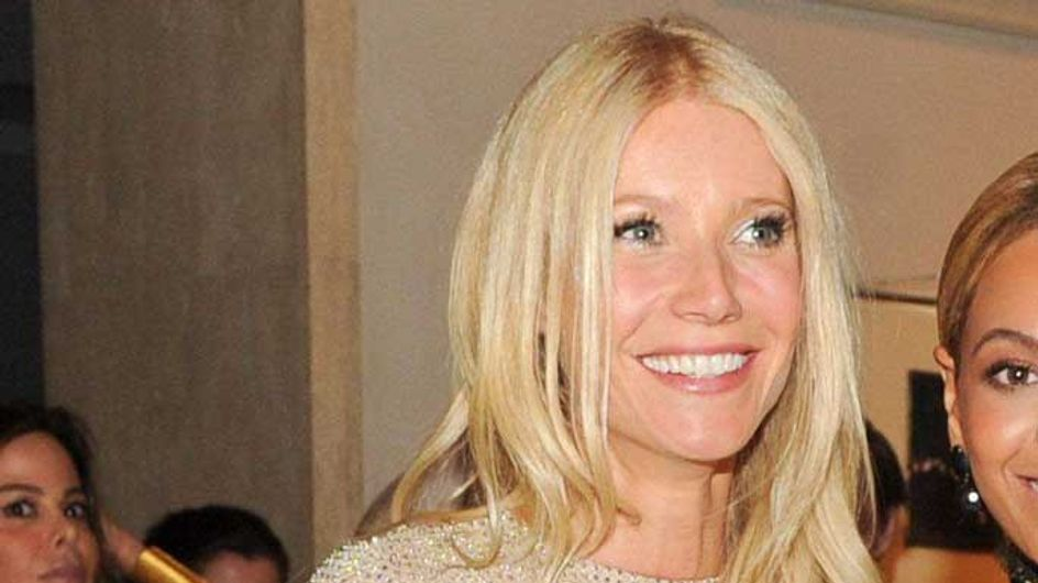 "Gwyneth Paltrow's ""fried egg"" boobs not busty enough for Hollywood?"
