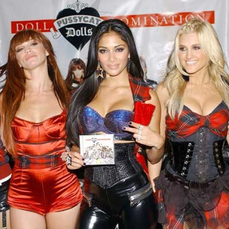 Nicole Scherzinger Halloween Costume.Pussycat Doll Claims Nicole Scherzinger Was Jealous Of Ashley Roberts