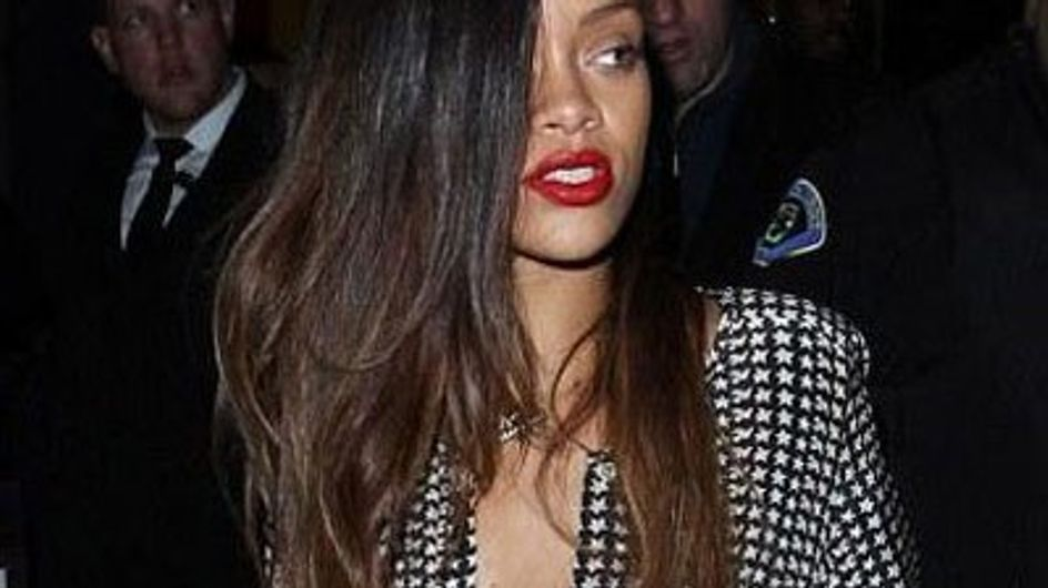 Rihanna debuts new ombre hair do