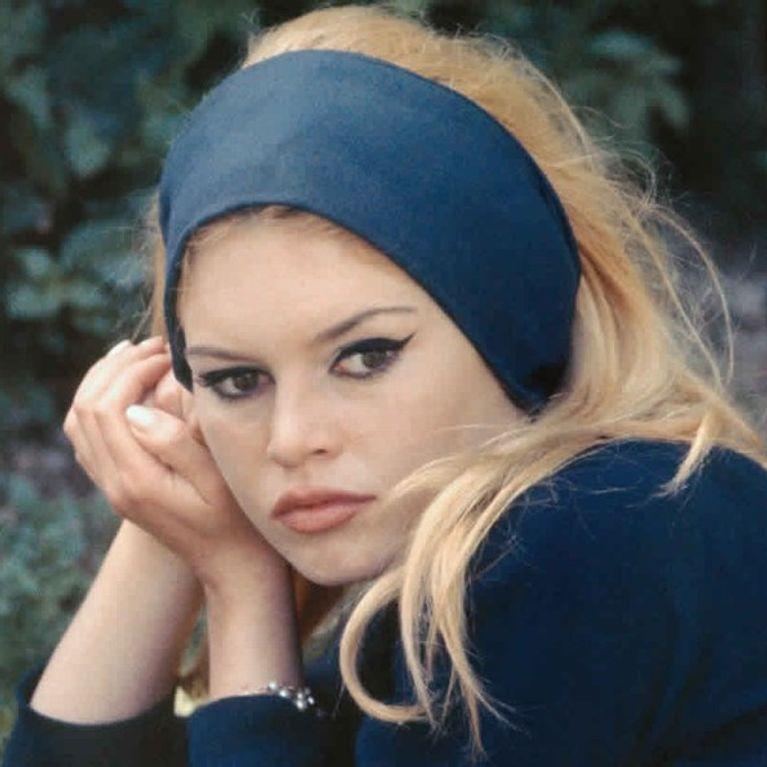 Et Dieu Crea Brigitte Bardot