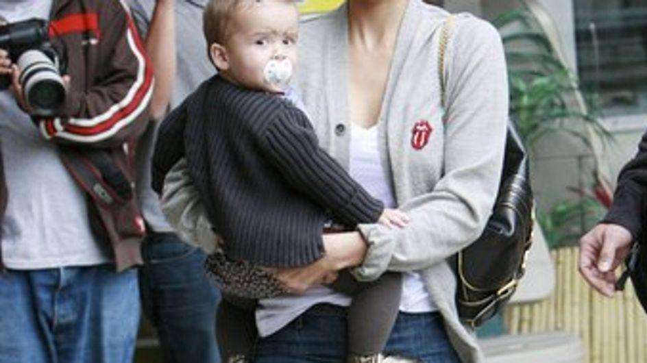 Jessica Alba : elle veut adopter !