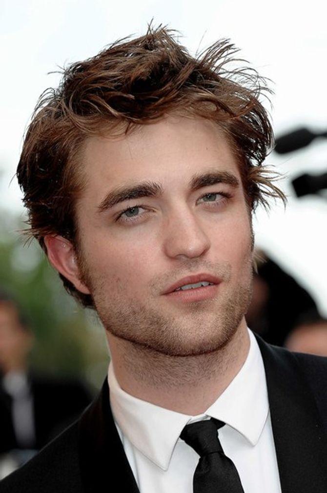 """Robert Pattinson : """"Je suis souvent nu dans 'Bel Ami' !"""""""