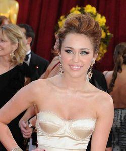 Miley Cyrus bientôt mariée à Liam Hemsworth ?