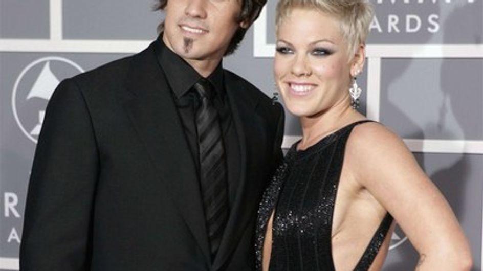 Pink : c'est chaud la moto avec son mari !