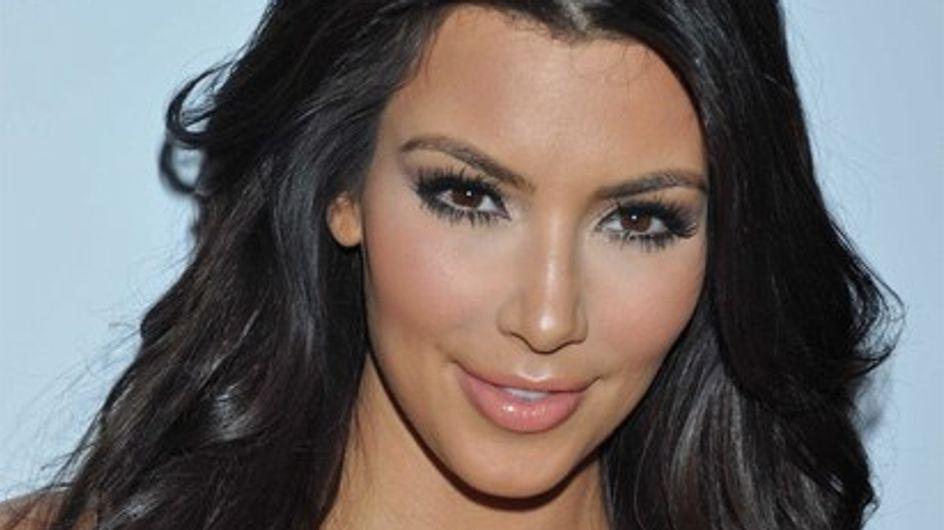 Kim Kardashian pose nue et sans retouches !