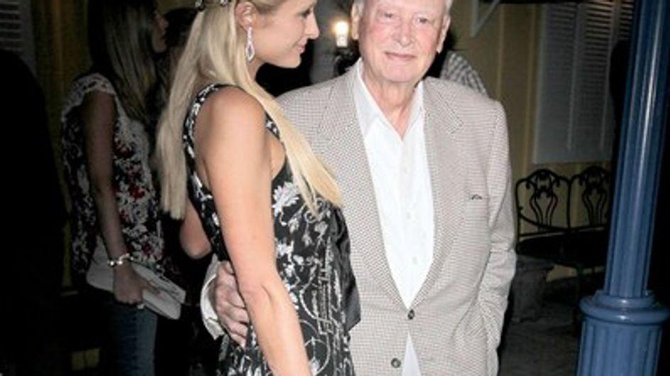 Paris Hilton se réfugie chez ses parents