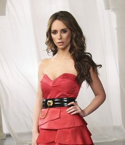jennifer love hewitt Buena Vista International