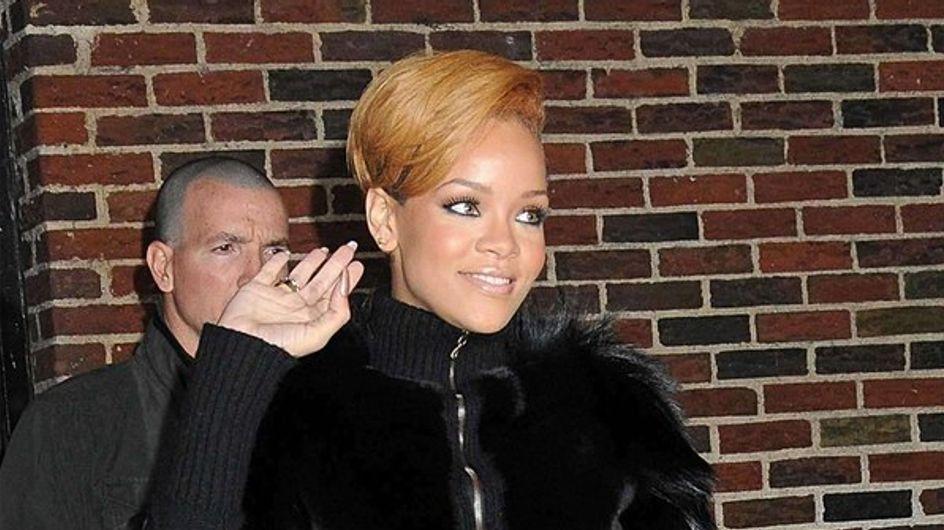 Rihanna s'amuse dans un sex-shop !