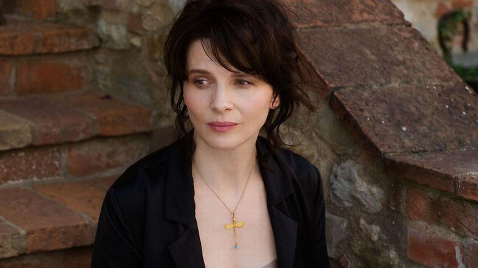 Juliette Binoche sanglote à Cannes