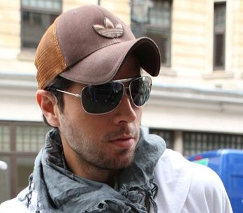 Enrique Iglesias : entre le foot et la musique, son coeur balance