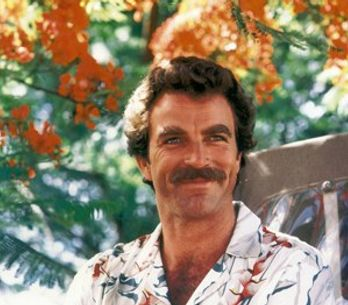 Tom Selleck : le héros de Magnum fait son come-back