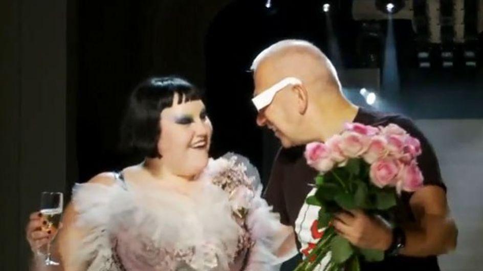 Vidéo : Beth Ditto fait le show pour Jean Paul Gaultier