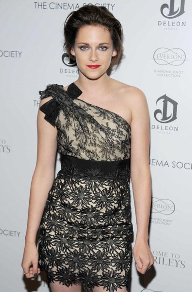 """Photos : Kristen Stewart à l'avant-première de """"Welcome To The Rileys"""""""