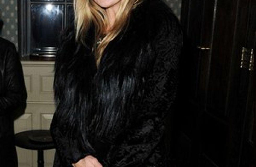 Kate Moss : elle s'improvise coiffeuse