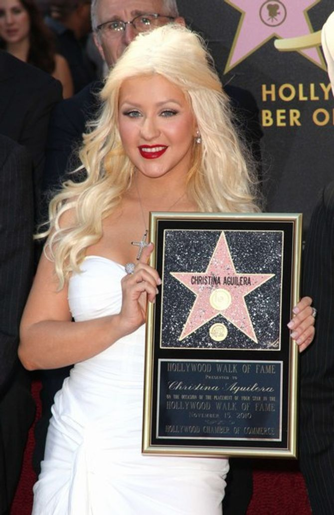 Photos : Christina Aguilera fière de son étoile sur Hollywood Boulevard