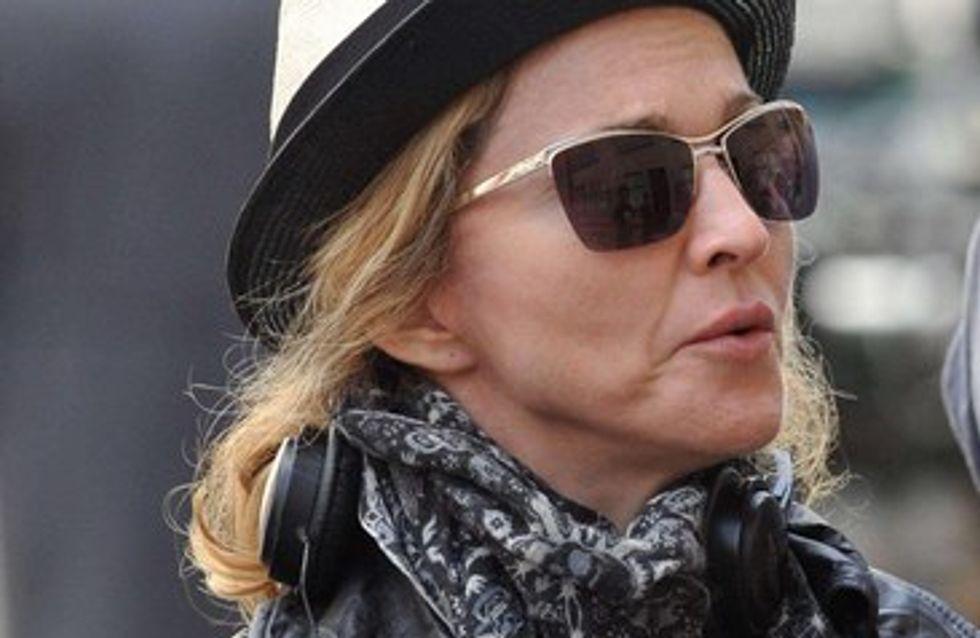 Madonna provoque la colère des passagers d'un avion